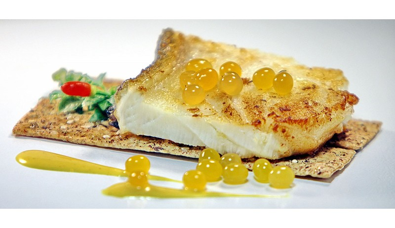 White fish with Balsamic Mango Pulp Pearls